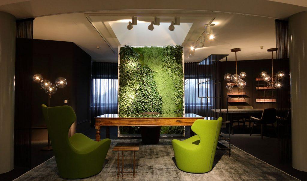 Textilpflanzenwand verbessert Raumakustik