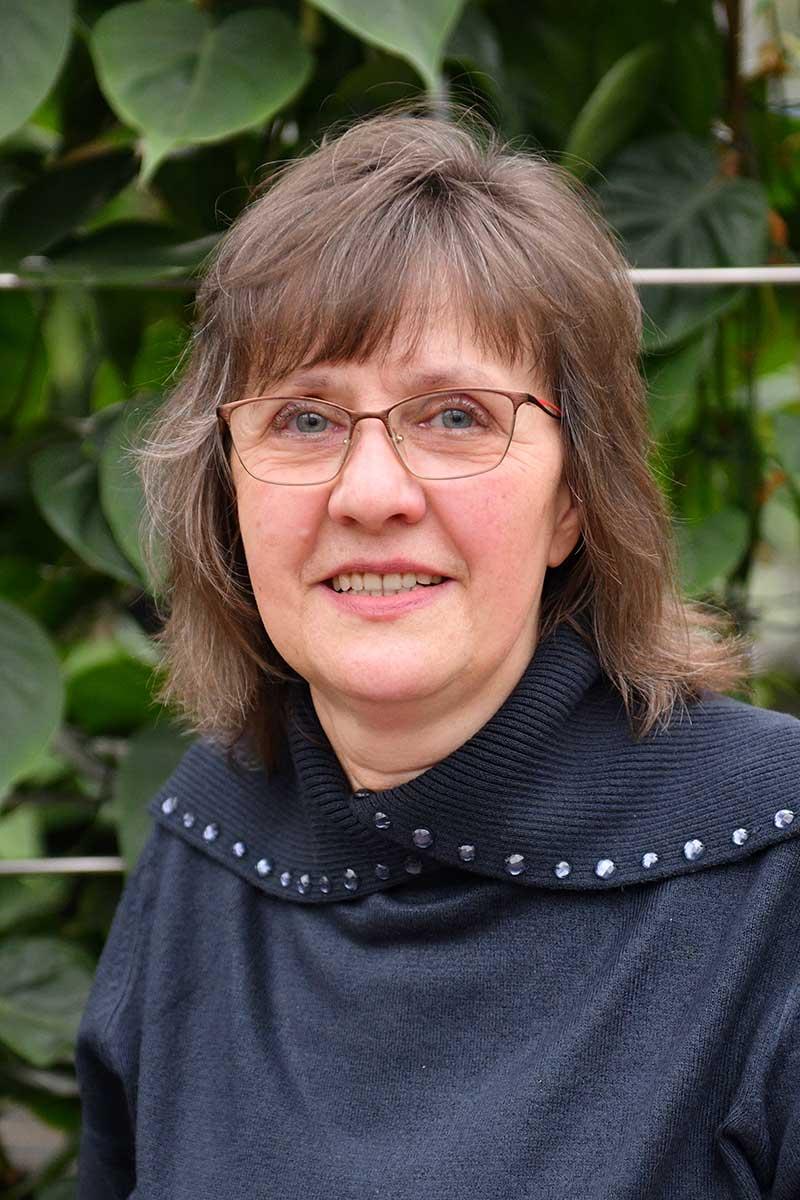 Angela Delius